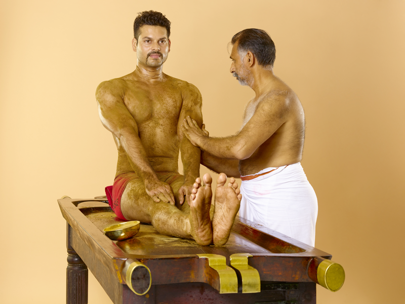 Udwarthanam Ayurvedic Therapy / Treatment